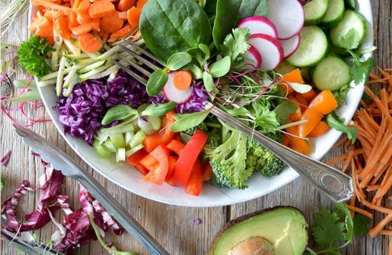 Οι 10 διατροφικές συμβουλές που θα αλλάξουν τη ζωή και το σώμα σου